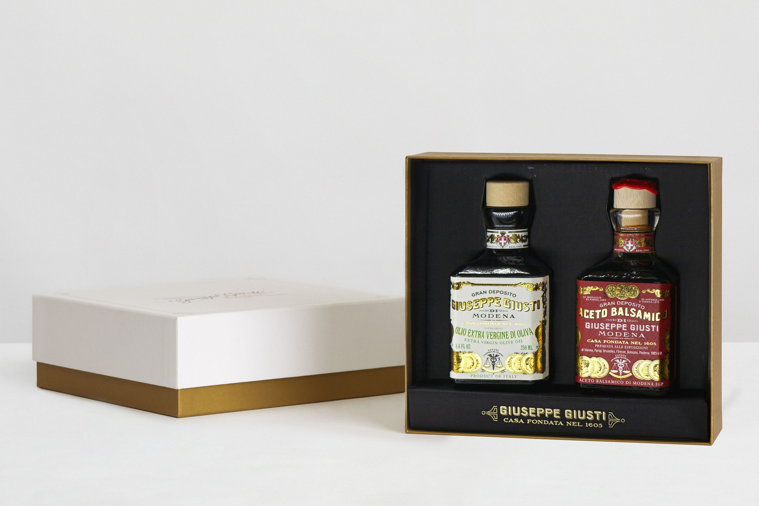 Duo Set Giusti Olive Oil and 3 Gold Medals